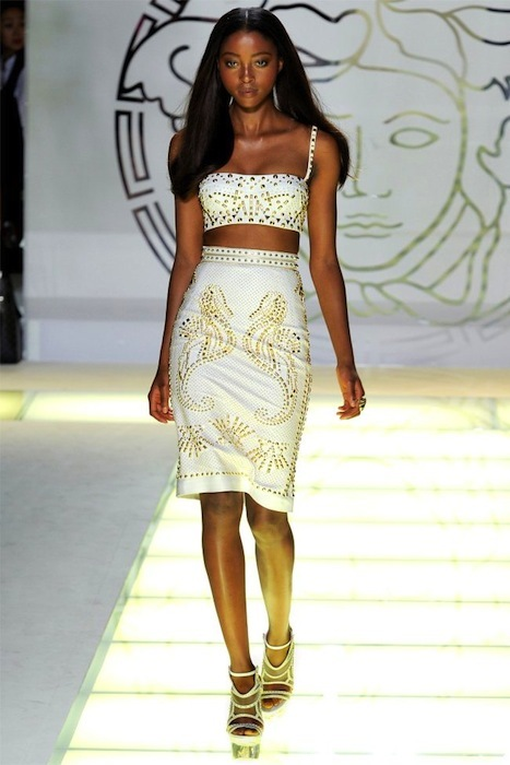 Foto de Versace Primavera-Verano 2012 (2/44)