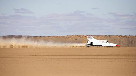 Una de locos récords de velocidad: la barrera de los 1.600 km/h está a un paso de caer con el Bloodhound LSR