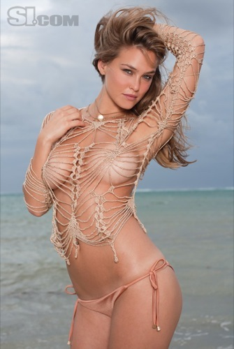 Bar Refaeli espectacular en el especial bañadores de Sports Illustrated