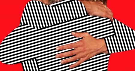 'Madres paralelas': nuevo cartel y retraso de la fecha de estreno para la esperada película de Pedro Almodóvar