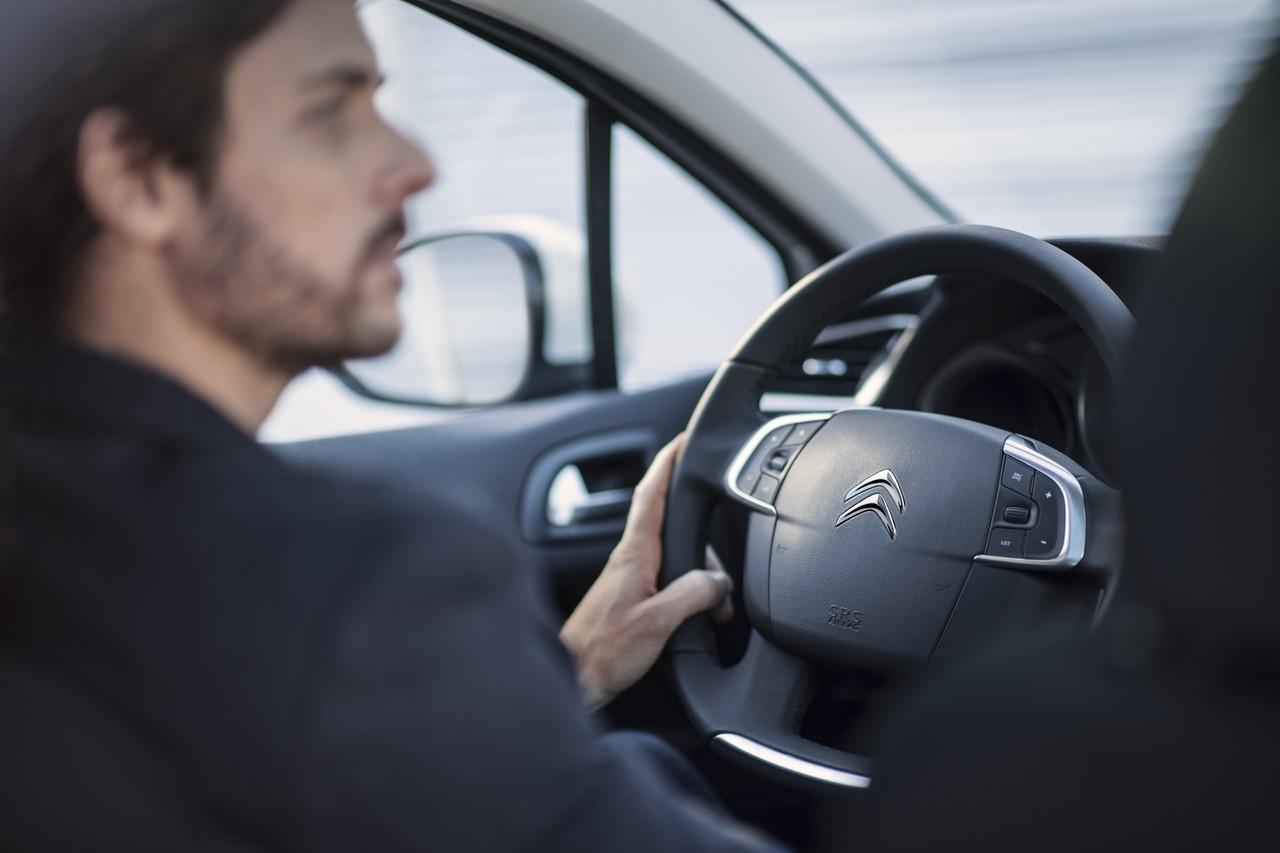 Foto de Citroën C4 2015 (70/76)