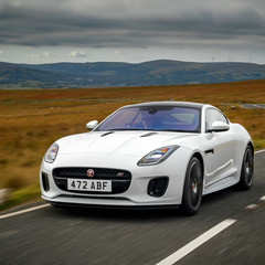jaguar-f-type-chequered-flag