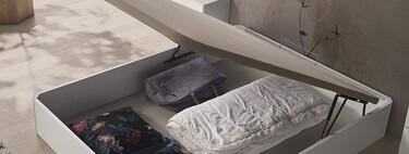 Nueve canapés abatibles para multiplicar el espacio de almacenaje en la habitación de matrimonio