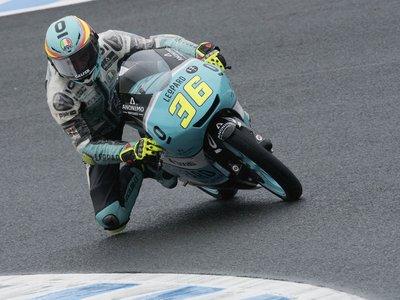 La lluvia de Australia corona Campeón del Mundo de Moto3 a Joan Mir que gana su novena carrera