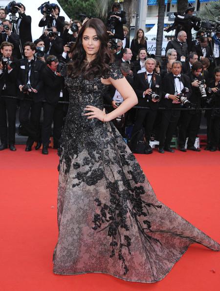Aishwarya Rai Festival Cannes 2013 Elie Saab