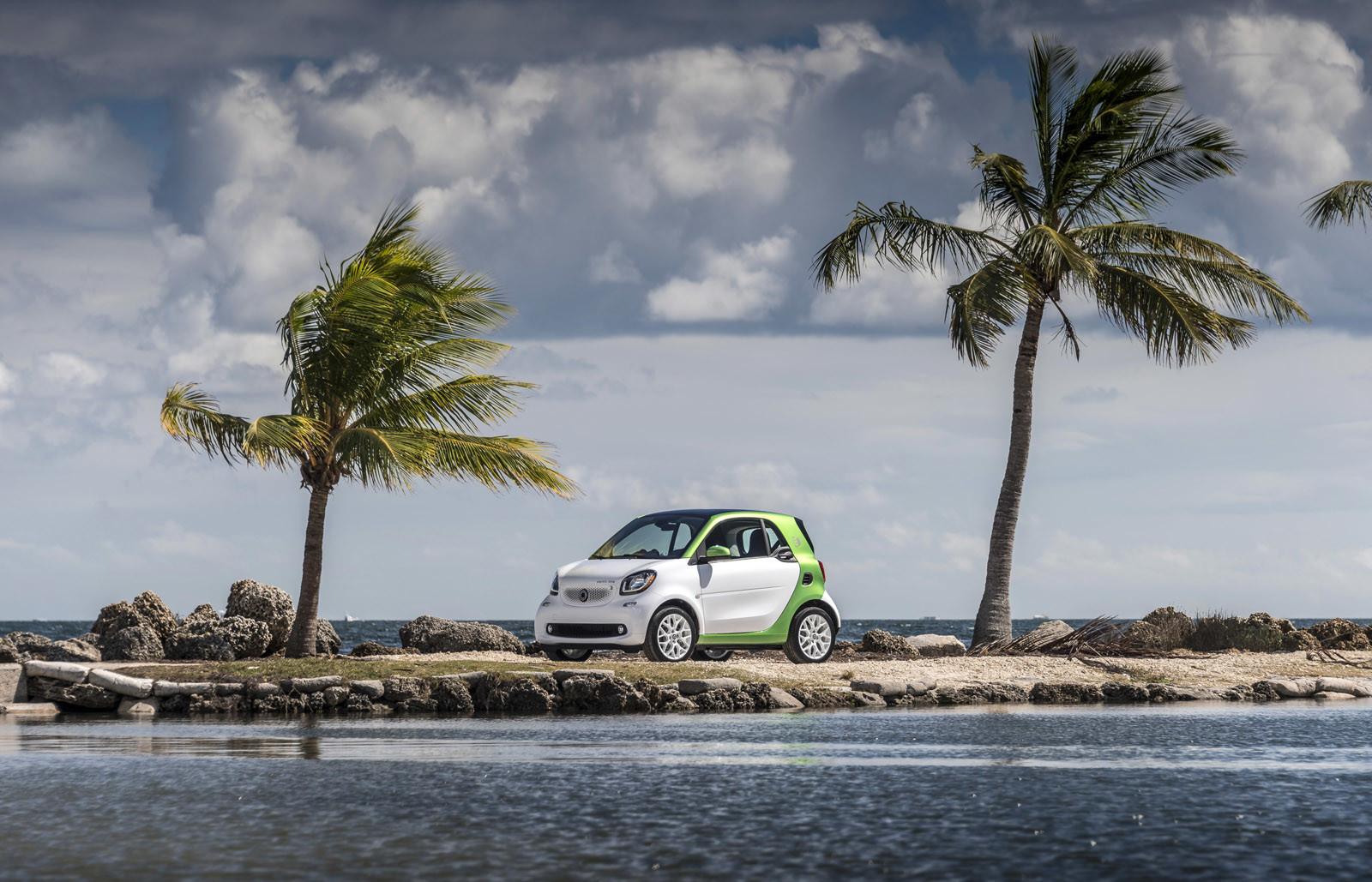 Foto de smart fortwo Electric Drive, toma de contacto (150/313)