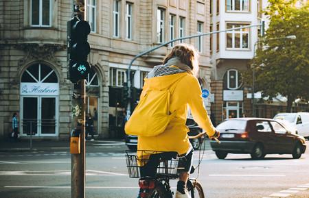 Frankfurt se suma al veto de los coches diésel: en febrero, prohibida la circulación a los no Euro 5 en algunas zonas
