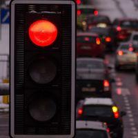 La decisión de Baleares de prohibir los coches diésel y gasolina deja muchas incógnitas en el horizonte