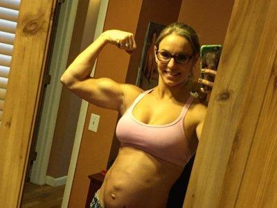Está embarazada de 30 semanas y marca abdominales