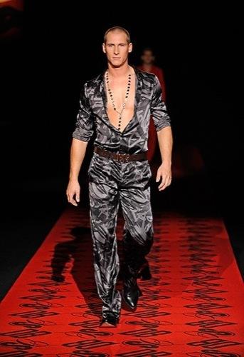 Dirk Bikkembergs, Primavera-Verano 2010 en la Semana de la Moda de Milán II