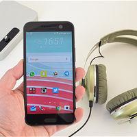 Si no necesitas pantalla curva el HTC 10, con Snapdragon 820 y 4GB de RAM, ahora cuesta 389 euros