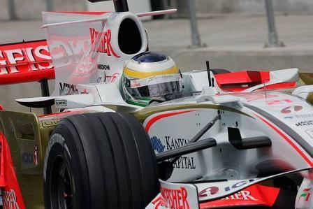 Force India sigue desarrollando el VJM01 sin rendirse