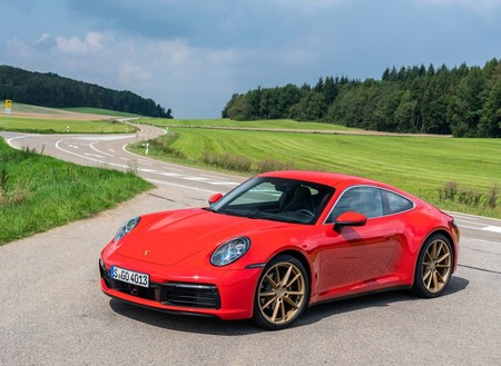Porsche 911 Carrera Coupe 2020 1600 0a