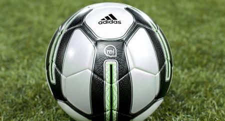 El smartball de Adidas estará a la venta en el verano del 2014