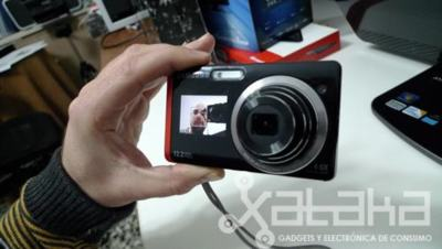 Samsung ST550 y su doble pantalla, nos gusta