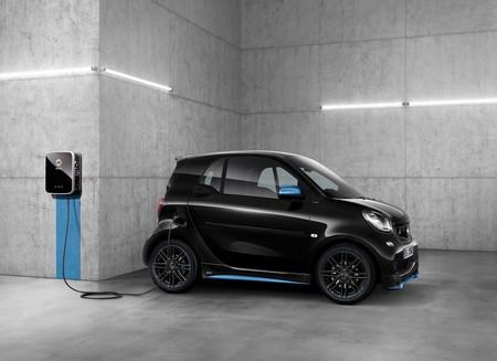 Smart producirá sólo coches eléctricos a partir de 2020: el primer fabricante en hacer la transición completa