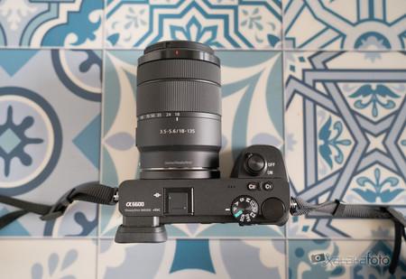 Sony A6600, análisis: La APS-C más potente de la firma mejora su enfoque automático y autonomía pero pide un cuerpo más avanzado