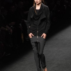 Foto 51 de 99 de la galería 080-barcelona-fashion-2011-primera-jornada-con-las-propuestas-para-el-otono-invierno-20112012 en Trendencias