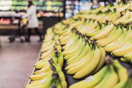 Bananas 698608 1280