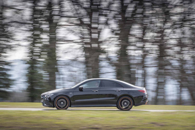 Foto de Mercedes-Benz CLA Coupé 2019, toma de contacto (163/248)