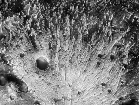 Abanico Sedimentario En El Crater Reuyl