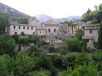 Saint-Guilhem-le-Désert, un paraíso del medievo francés