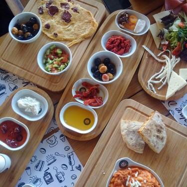 Ambiente de picnic sin salir de casa: siete ideas geniales que hemos visto en Instagram