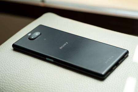 Sony Xperia 10 Plus Trasera 05