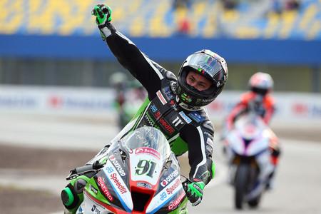 Leon Haslam, el renacido, vuelve a Superbike tras romper la maldición del BSB