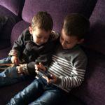 Las 17 cosas que un niño pequeño le pregunta a Siri