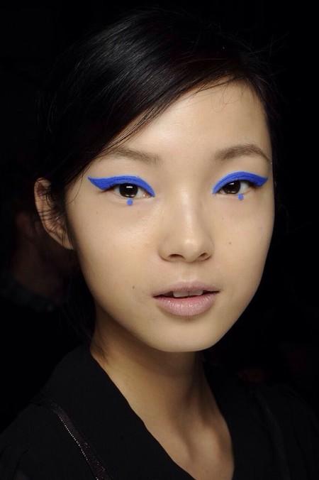 Eyeliner Azul Cobalto 7