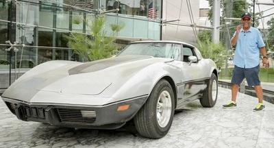 Un hombre se reencuentra con su Corvette robado…¡33 años después!