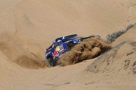 Dakar 2011: Copiapó - Chilecito. Giniel de Villiers vence, Sainz se descuelga