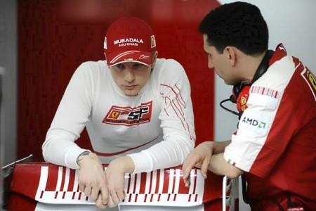 Raikkonen y Ferrari los más rápidos del cuarto día en Bahrein