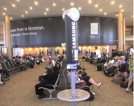Estaciones de carga Samsung en aeropuertos en Estados Unidos