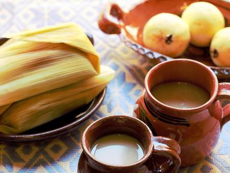 Atole de Guayaba. Receta fácil de bebida tradicional mexicana