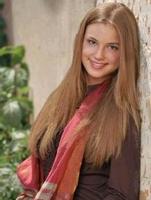 Emily VanCamp se une al reparto de Brothers & Sisters