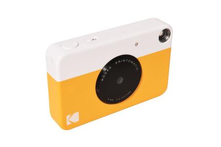 Kodak sorprende con Printomatic, una nueva cámara instantánea
