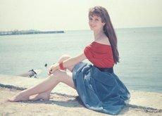 Siete piezas que no son vintage para capturar el estilo de Brigitte Bardot en el 2016