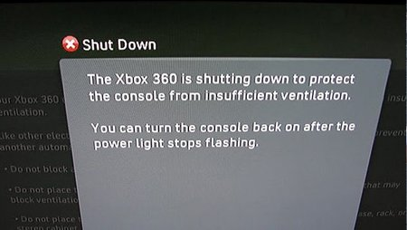 Xbox 360 Slim se autoapagará para prevenir las tres luces rojas