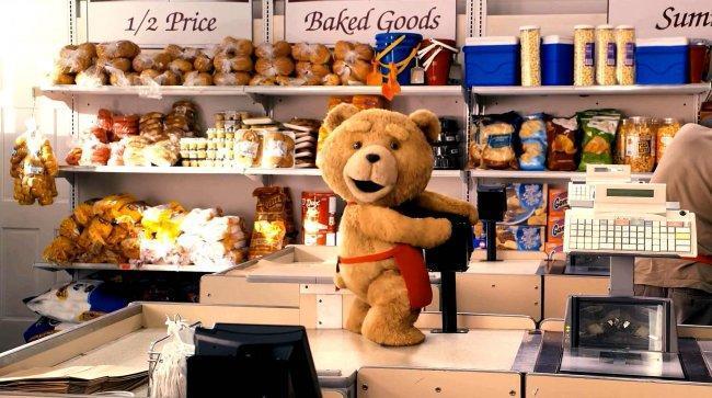 Imagen de 'Ted' haciendo de las suyas