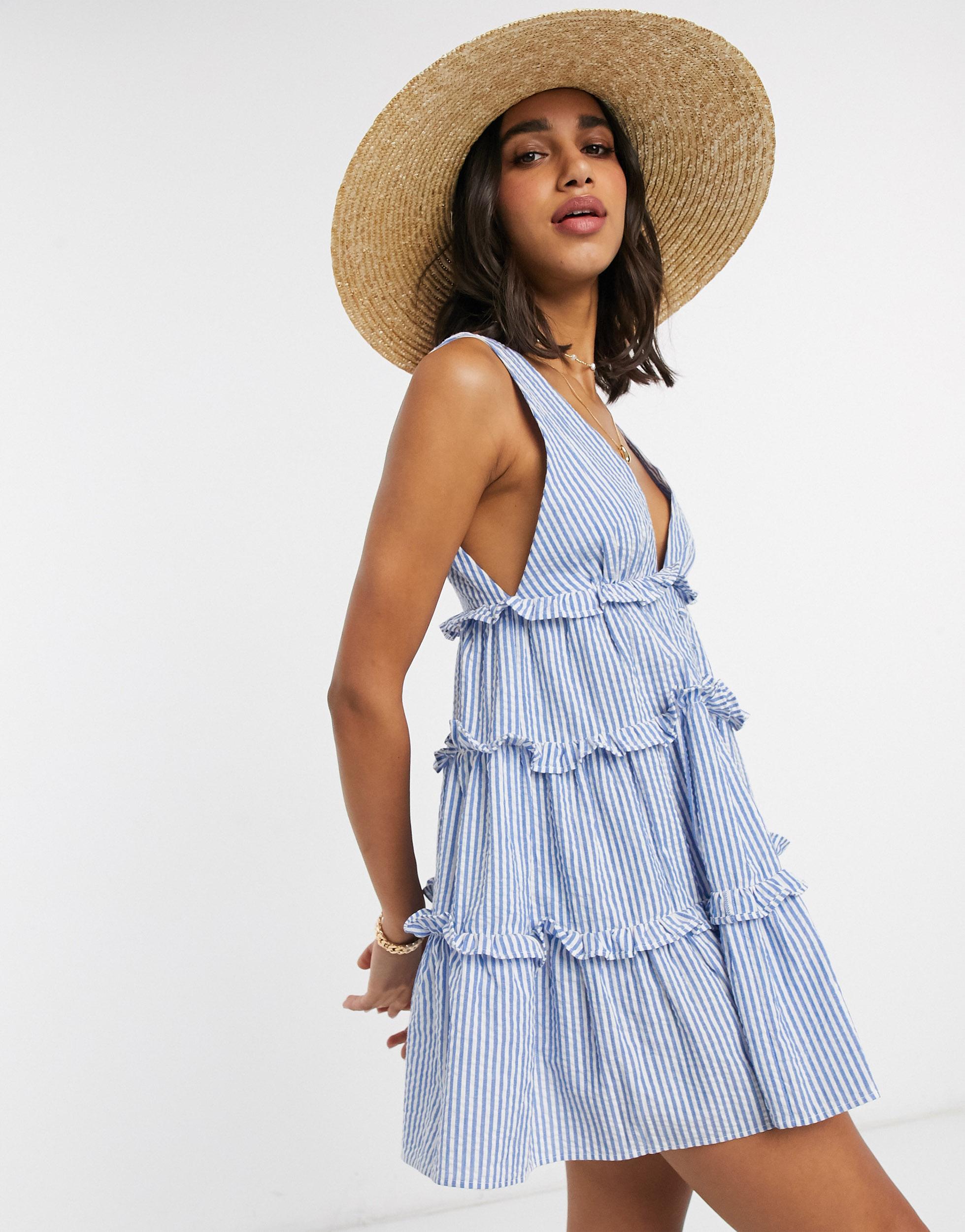 Vestido de verano corto de rayas