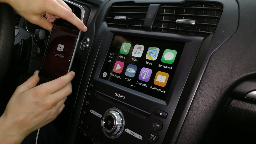 Un recuento por todas las novedades que trae iOS™ trece para Apple™ CarPlay