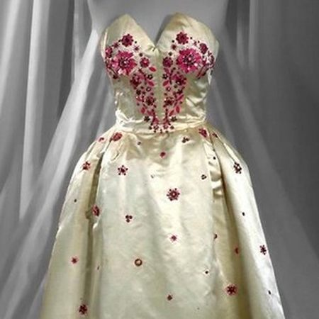 ballgowns-hartnell-customs
