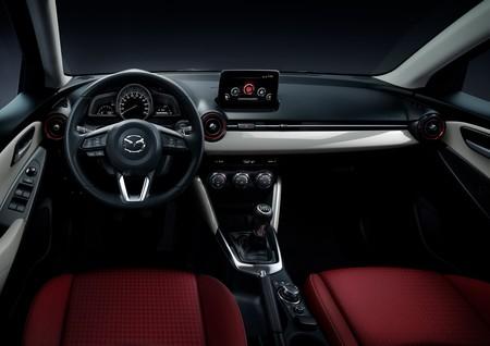 Mazda2 Sport Red Edition 03