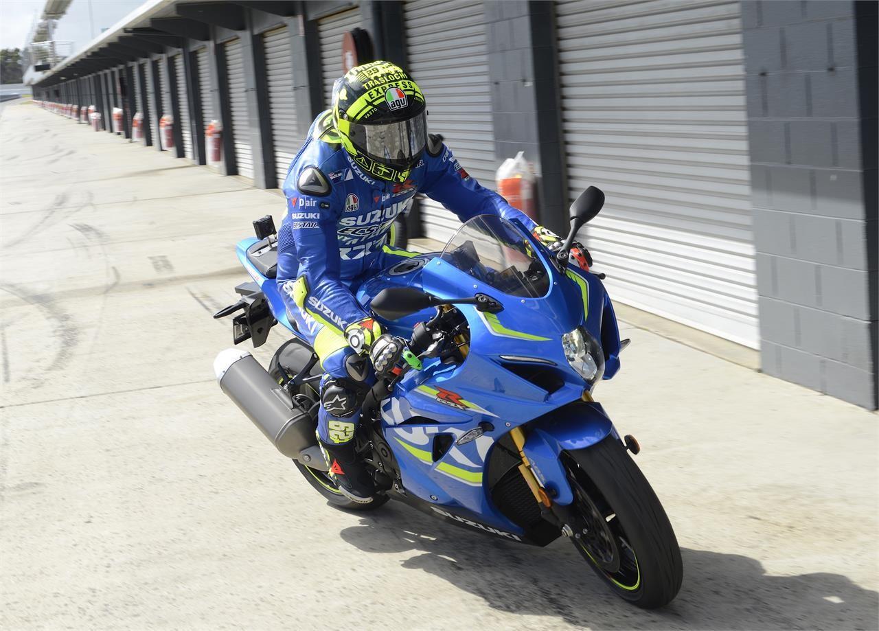 Foto de Álex Rins y Andrea Iannone prueban la Suzuki GSX-R1000R (8/18)