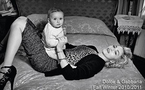 Foto de Más imágenes de la campaña de Madonna para Dolce & Gabbana Otoño-Invierno 2010/2011 (1/4)