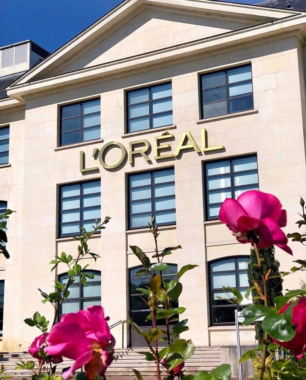 L'Oréal determina retirar de sus productos terminos como