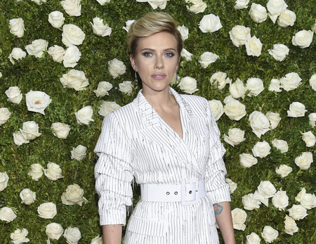 Aunque Scarlett Johansson se lo tuviera muy callado, su nuevo churri ya ha hablado