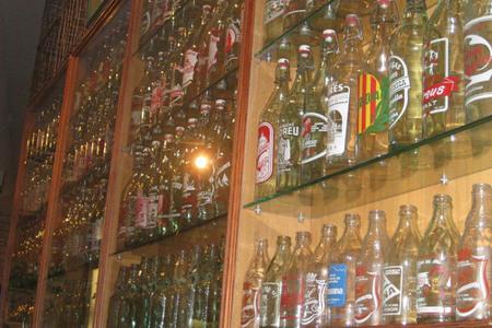 Exposición botellas de gaseosa